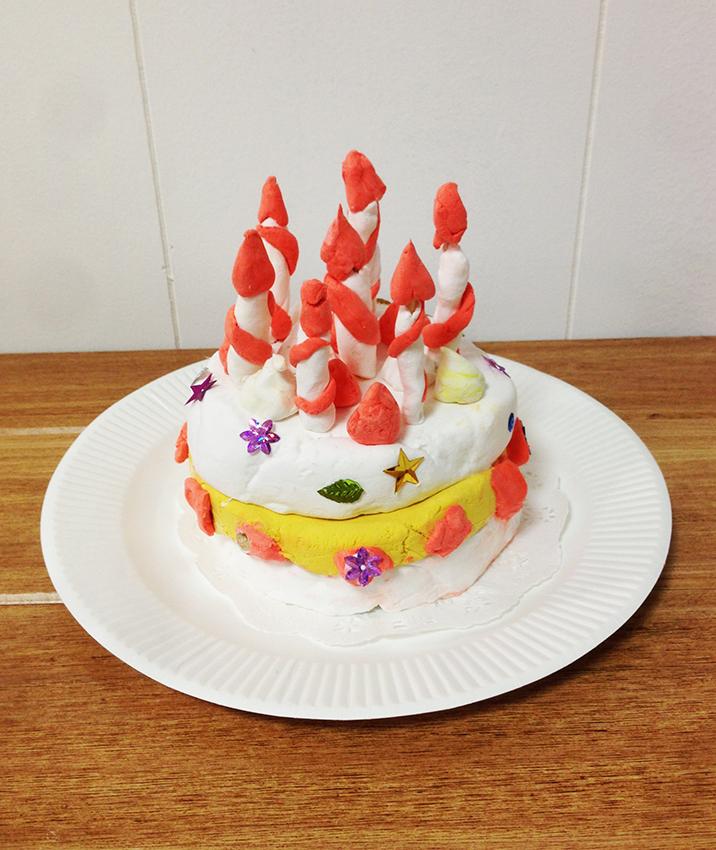 「バースデーケーキ」共同制作